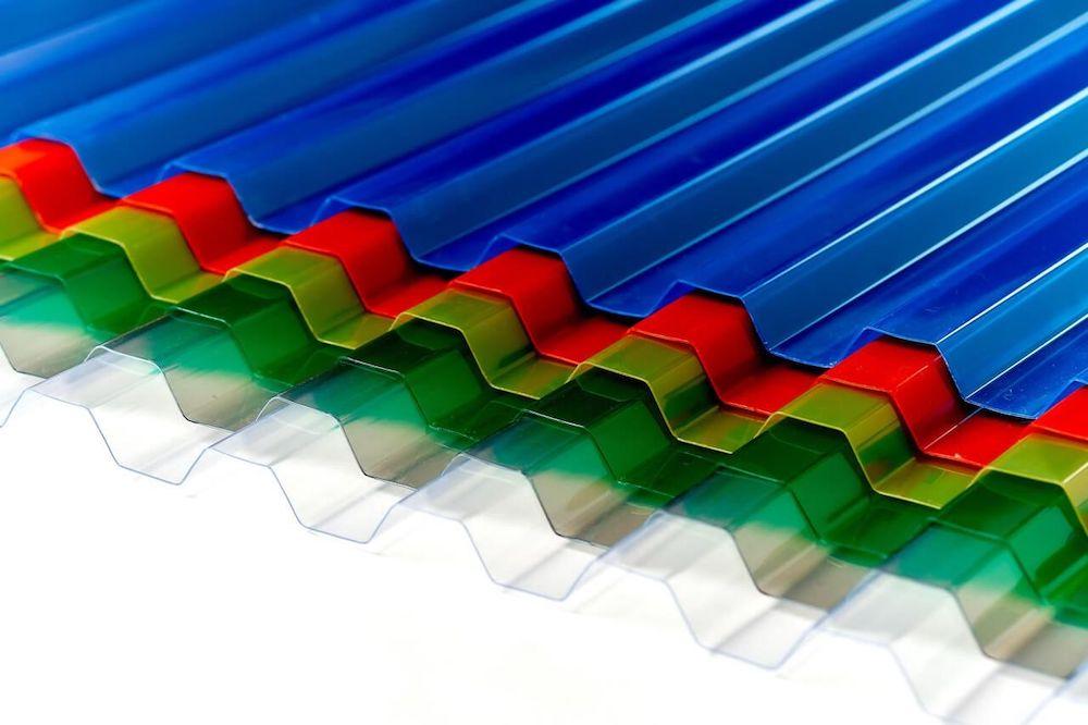 Профилированный поликарбонат 1,05 x 2м цветной толщина 0,8мм