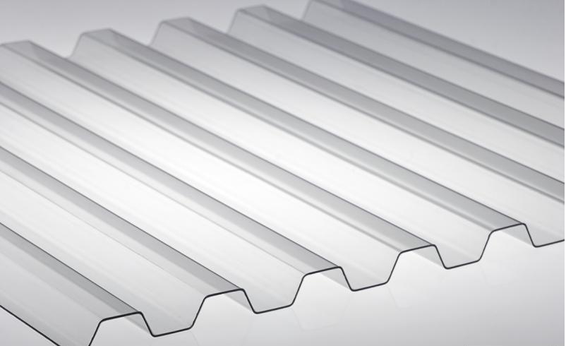 Профилированный поликарбонат 1,05 x 2м прозрачный толщина 0,8мм
